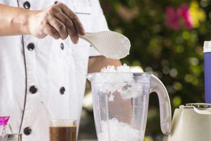 How to Crush Ice with Blender