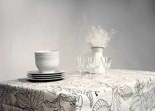 Make an Oval Tablecloth